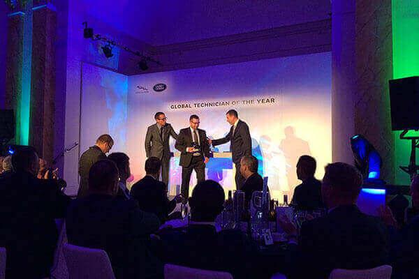 """Wettbewerb""""Global Technician of the Year BritCars Teltow ganz weit vorn dabei."""